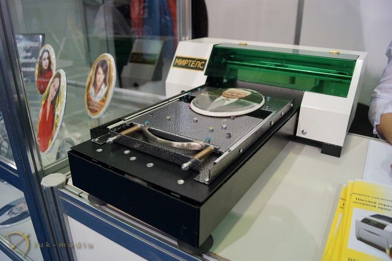 Струйный керамический принтер